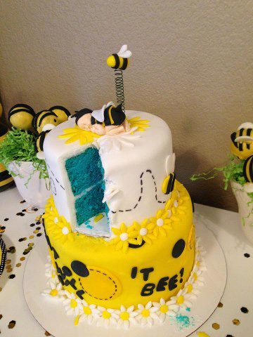 Baby Shower Cake Bees 4